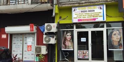 Atika salon Indian