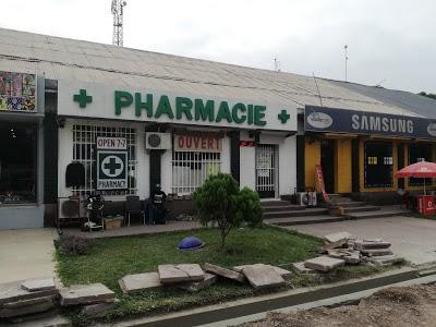 + Pharmacie +